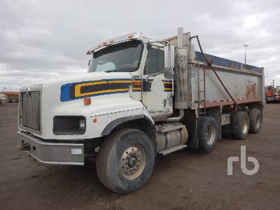 2007 INTERNATIONAL 5600I Paystar Dump Truck (Tri/A)