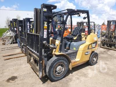 CATERPILLAR DP40N1 Forklift