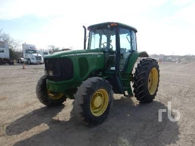 JOHN DEERE 6715 MFWD Tractor