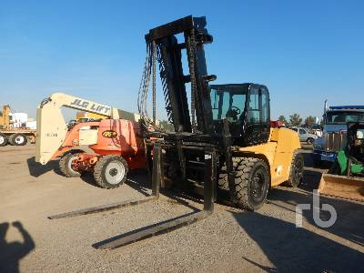 CATERPILLAR P33000 Forklift