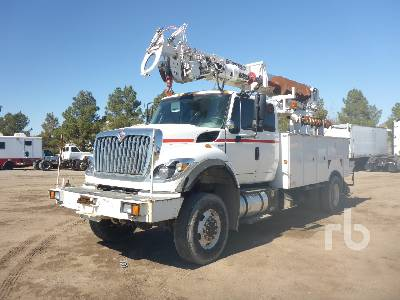 2011 INTERNATIONAL 7400 Workstar 4x4 w/Terex C4047 Digger Derrick Truck