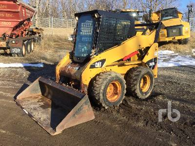 2013 CATERPILLAR 242B3 Skid Steer Loader