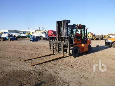 DOOSAN D70S-5 13600 Lb Forklift