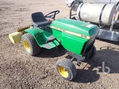 JOHN DEERE 316 Utility Tractor
