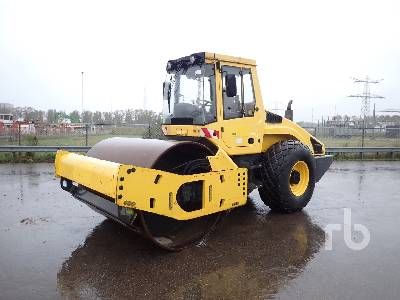 2009 BOMAG BW213DH-4 Vibratory Roller
