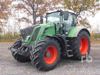 2015 FENDT 828 VARIO ProfiPlus MFWD Tractor