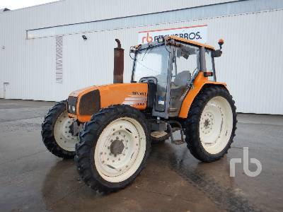 2000 RENAULT CERES 330 4WD Agricultural Tractor MFWD Tractor