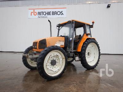2002 RENAULT CERES 335 4WD Agricultural Tractor MFWD Tractor