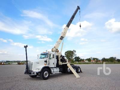 2010 KENWORTH T800 Tri/A w/National 600E2 20 Ton Boom Truck