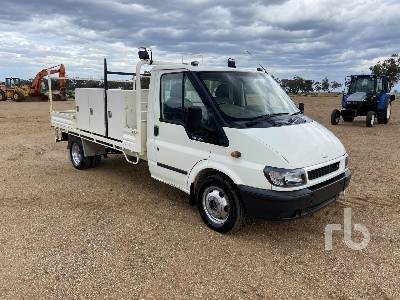 2004 FORD TRANSIT 4x2 Flatbed Truck