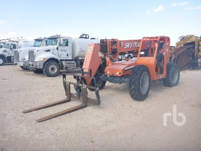 2014 SKYTRAK 8042 8000 Lb 4x4x4 Telescopic Forklift