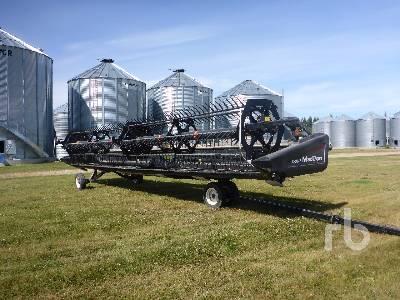 2012 MACDON D60-S 35 Ft Draper Header
