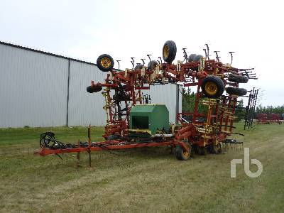 1990 BOURGAULT FH-546 52 Ft Cultivator