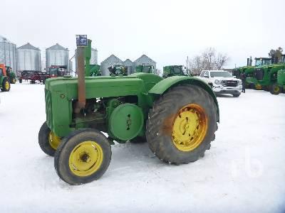 1940 JOHN DEERE D 2WD Antique Tractor