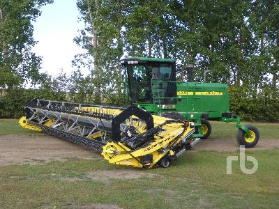 2009 JOHN DEERE 4895 30 Ft Swather