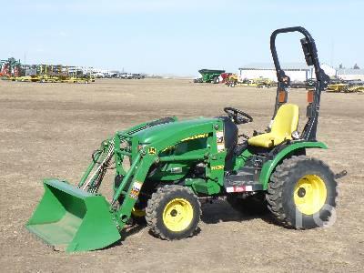 2014 JOHN DEERE 2025R Utility Tractor