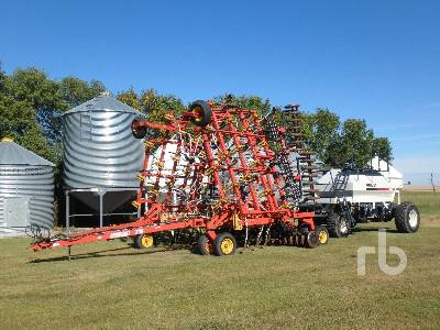 1997 BOURGAULT 5710 40 Ft Air Drill