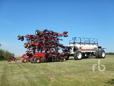 2017 BOURGAULT 3320PHD QDA 66 Ft Air Drill