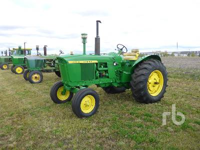 1964 JOHN DEERE 3020 2WD Antique Tractor