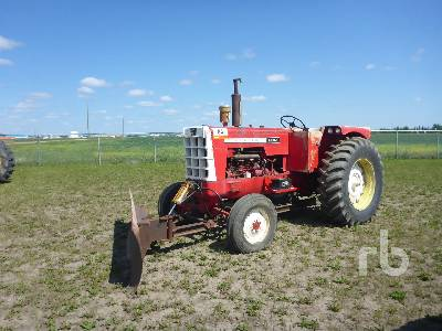 1962 COCKSHUTT 1800 2WD Antique Tractor