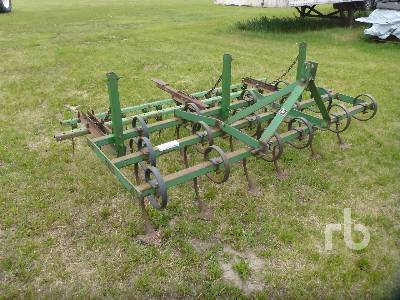 JOHN DEERE 89 In. 3 Point Hitch Landscape Cultivator