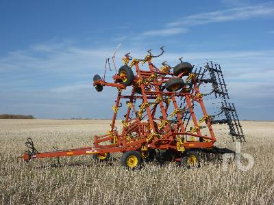 2002 BOURGAULT 8810 40 Ft Cultivator