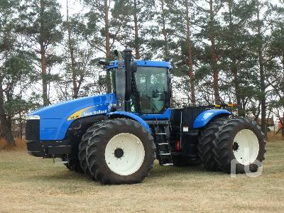 2010 NEW HOLLAND T9030 4WD Tractor