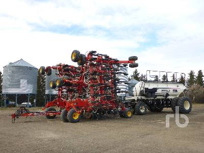 2014 BOURGAULT 3320 PHD QDA 66 Ft Air Drill