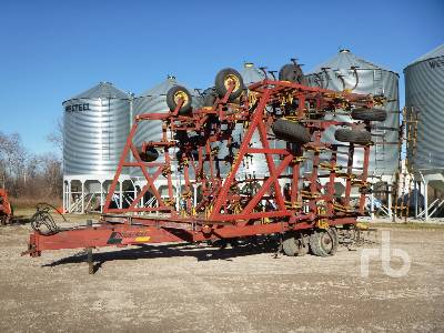 BOURGAULT 546-52 50 Ft Cultivator