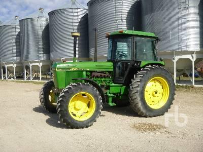 JOHN DEERE 3150 MFWD Tractor