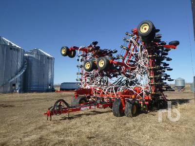 2008 BOURGAULT 3310PHD 65 Ft Tow-Between Air Drill