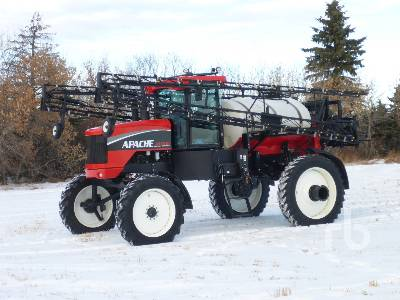 2009 APACHE AS1010 100 Ft Sprayer