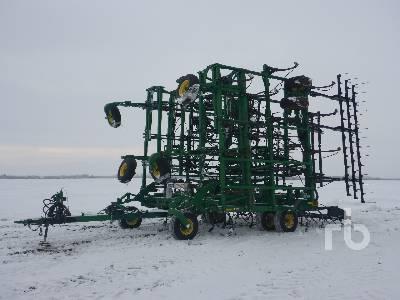 2012 JOHN DEERE 2410 63 Ft Cultivator
