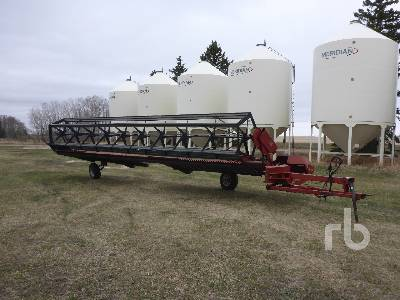 1990 CASE IH 730 30 Ft Pull Type Swather