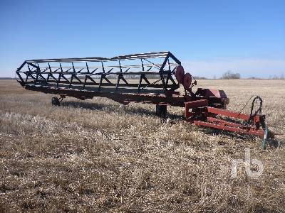 1986 CASE IH 730 30 Ft Pull Type Swather