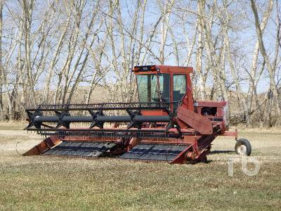 1988 CASE IH 4000 24 Ft Swather