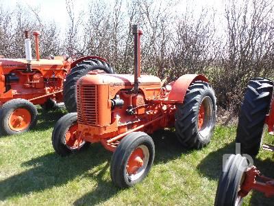 1951 CASE D 2WD Antique Tractor
