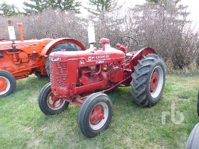 1944 MCCORMICK W-4 2WD Antique Tractor