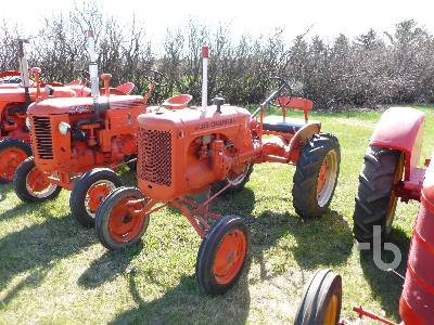 1939 ALLIS CHALMERS B 2WD Antique Tractor