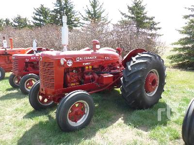 1941 MCCORMICK WD9 2WD Antique Tractor