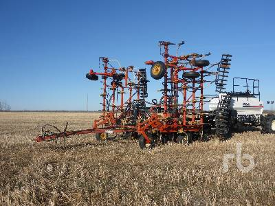 1988 BOURGAULT FH536-40 40 Ft Air Drill