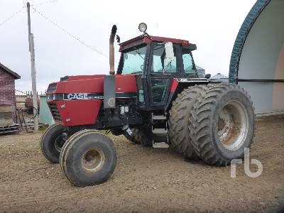 1986 CASE IH 2594 2WD Tractor