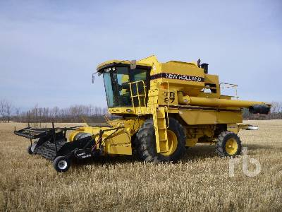 1995 NEW HOLLAND TR97 Combine