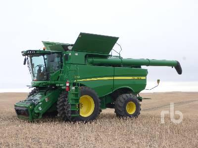 2017 JOHN DEERE S670 Small Grain Combine