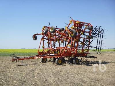 1999 BOURGAULT 9400 60 Ft Cultivator