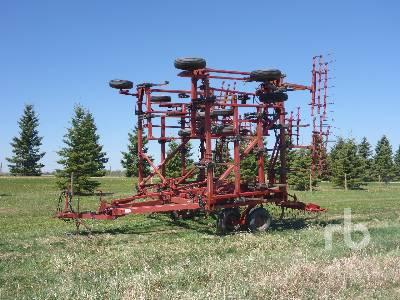 CASE IH 50 Ft Cultivator