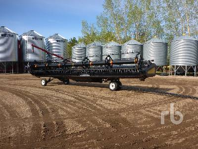 2009 CASE IH 2142 35 Ft Draper Header