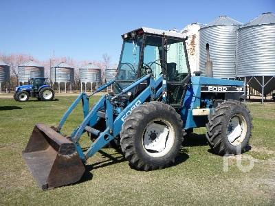 1992 FORD VERSATILE 9030 Bi-Directional Tractor
