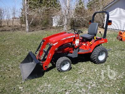 2015 MASSEY FERGUSON GC1705 MFWD Utility Tractor