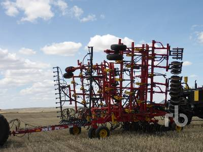 2005 BOURGAULT 5710 40 ft Series II Air Drill
